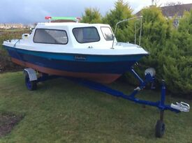 Fishing boat with Honda 10hp fourstroke and trailer