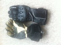armoured gloves