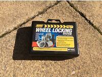 Trailer wheel locking nuts m10