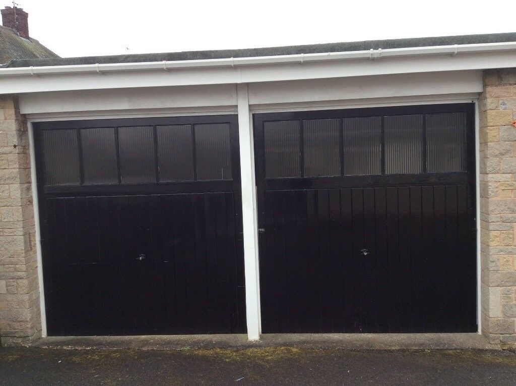Early 1970s Wooden Garage Doors H 7 8 X W 7 3 In Chesterfield