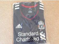 Men's Liverpool football shirt - size XL