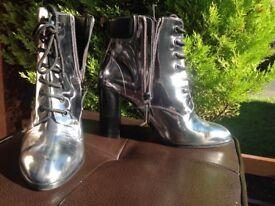Heels. Office. Metallic - size 37/4