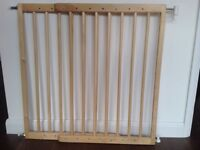 Mothercare wooden adjustable stair gate including fixings- wall attach