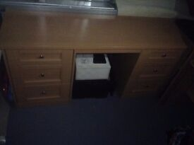 Beautiful REAL WOOD desk NEEDS TO GO