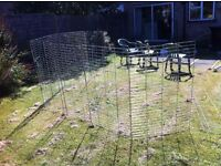 Large dog, chicken, rabbit or guinea pig metal fencing that could be joined to make a lovely run.