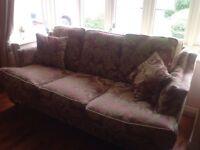 Wade traditional Sofa