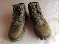 Gent's Brasher walking Boots size 8.5 UK.