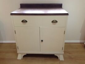 Vintage chest/ chest of drawers