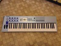 Yamaha CS2x Synthesiser keyboard