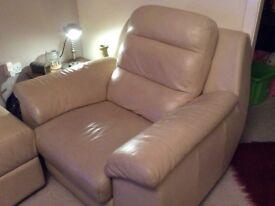 3+2+1 & pouffe cream leather sofa