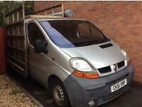 Reliable Renault traffic with roof rack and side frail