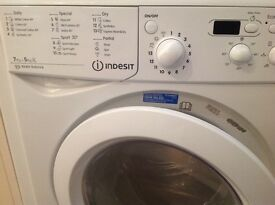 Indesit washer dryer 3 years old in perfect condition