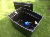 Rectangular 25 Gallon cold water tank incl lid and fittings for sale