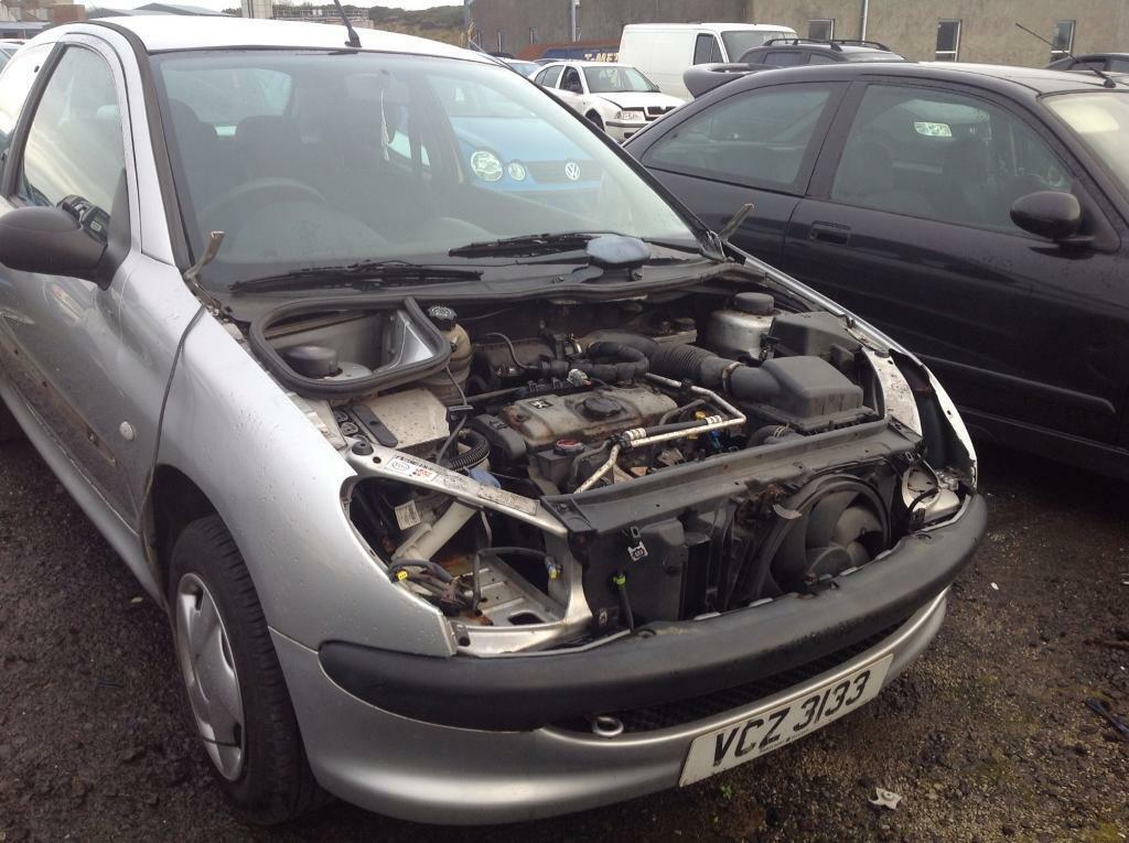 2004 PEUGEOT 206 STYLE 1.1 PETROL BREAKING FOR PARTS ONLY POSTAGE AVAILABLE NATIONWIDE