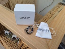 DKNY Ladies ring