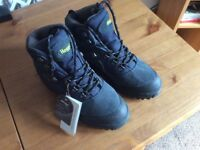 Hoggs of Fife hydroguard waterproofed. Very sturdy boots with excellent grip .