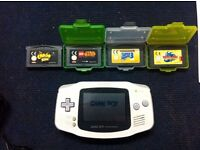WHITE GAMEBOY ADVANCE WITH GAMES