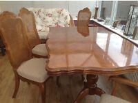 dining table 4chairs 2carvers plus 2 extentions
