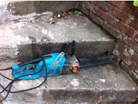 electric chainsaw in perfect working condition