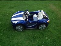 Ride on sports car as new!!
