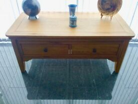 Loire oak modern coffee table FIXED PRICE NO OFFERS