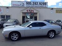 2009 Dodge Challenger SXT WE APPROVE ALL CREDIT