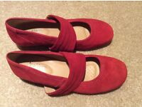 Brand new hotter shoes size 4.5 red suede no box