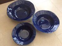Set of 3 serving bowls