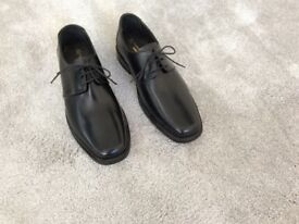 Samuel Windsor dress shoes
