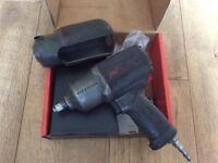 Impact gun air tool Ingersoll Rand qtimax 2135