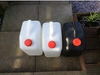 Waste and fresh water containers for caravan or campervan