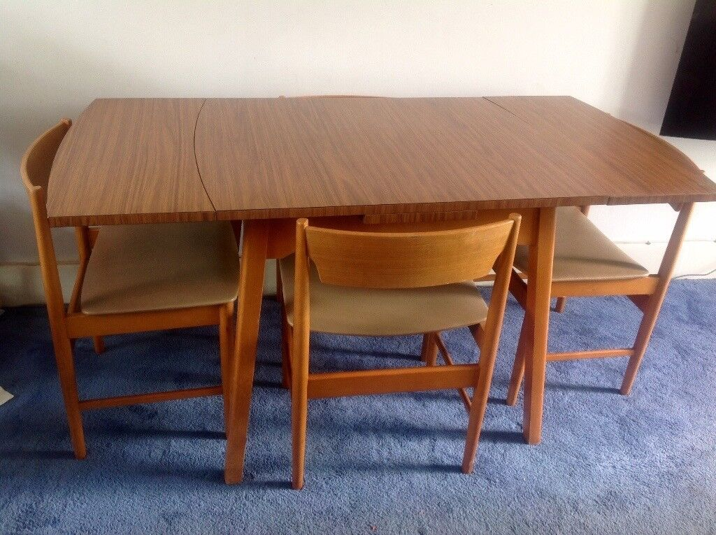 Vintage retro dining table & 4 chairs FREE LOCAL DELIVERY