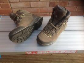 Ladies walking boots. LOWA
