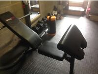 Weight bench by Bodymax