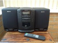 SONY Music System model PMC-202. CD player, radio and tape player. Two detachable speakers