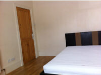 Large Double Room in Greenwich - All Bills included