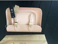 Brand new 11 inch Cambridge company satchel