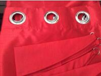 Red curtains - Satin style