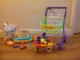 Childs trolley, till & accessories
