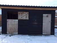 Stable and tack room for horse or pony. Comes with stable mats