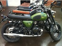 December SALE Green or Black Herald Classic 250cc Great twin shock roadster RRP £2,750
