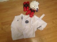 Tae Kwon Do Uniform & Protective Sparring Gear age 6-10 Years