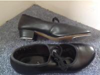 Tap shoes size 3.5