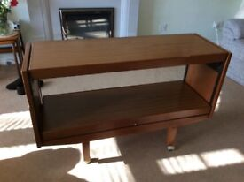Extendable cantilever table £15