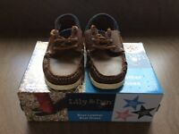 Boys brown leather boat shoes size UK 11, excellent condition