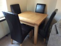 American white oak 3' x 3' table & chairs
