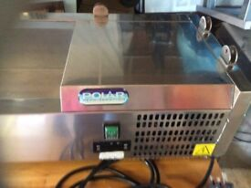 Polar counter top fridge unit