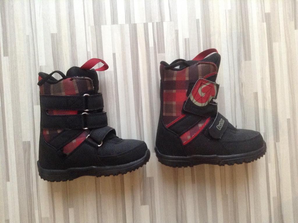 Burton grom youth snowboard boots