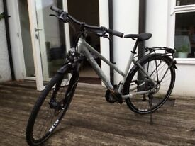 Lapierre Cross 400 Women's Hybrid Bike Aluminium 14kg Lightweight - Hardly Used. High specification.