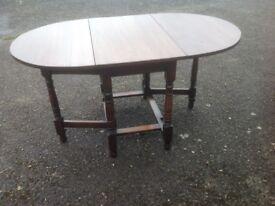 Gate leg oak tables